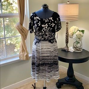 Robbie Bee Pleated Fit and Flare Dress NWT Size 2X